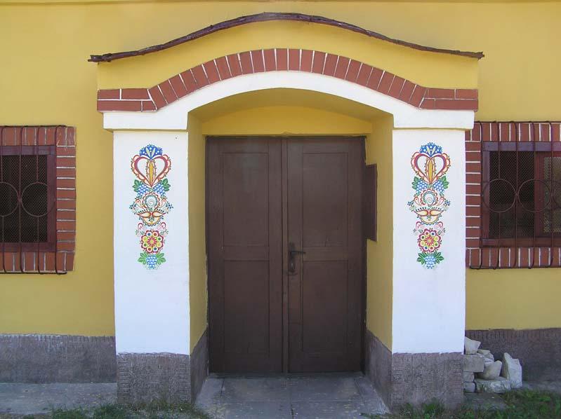 Typowe wejście do morawskiej piwniczki win