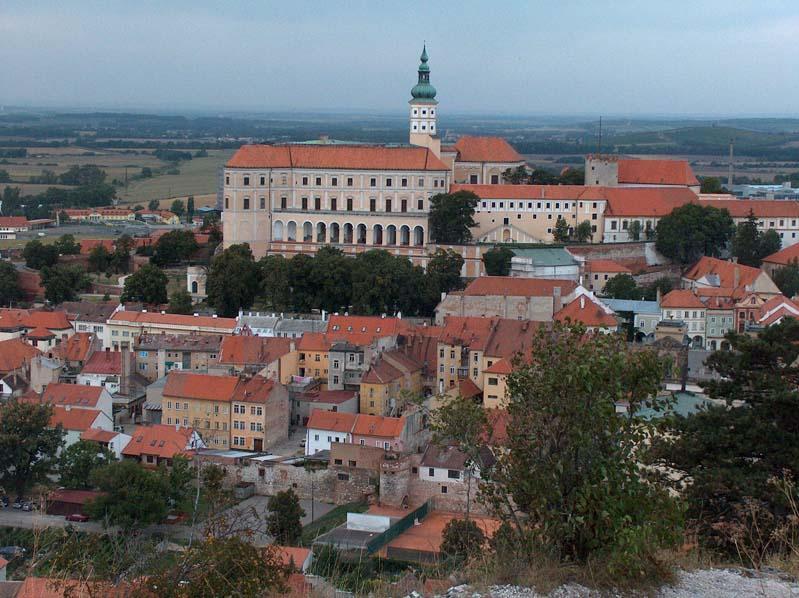 Widok na Mikulow i zamek mikulowski