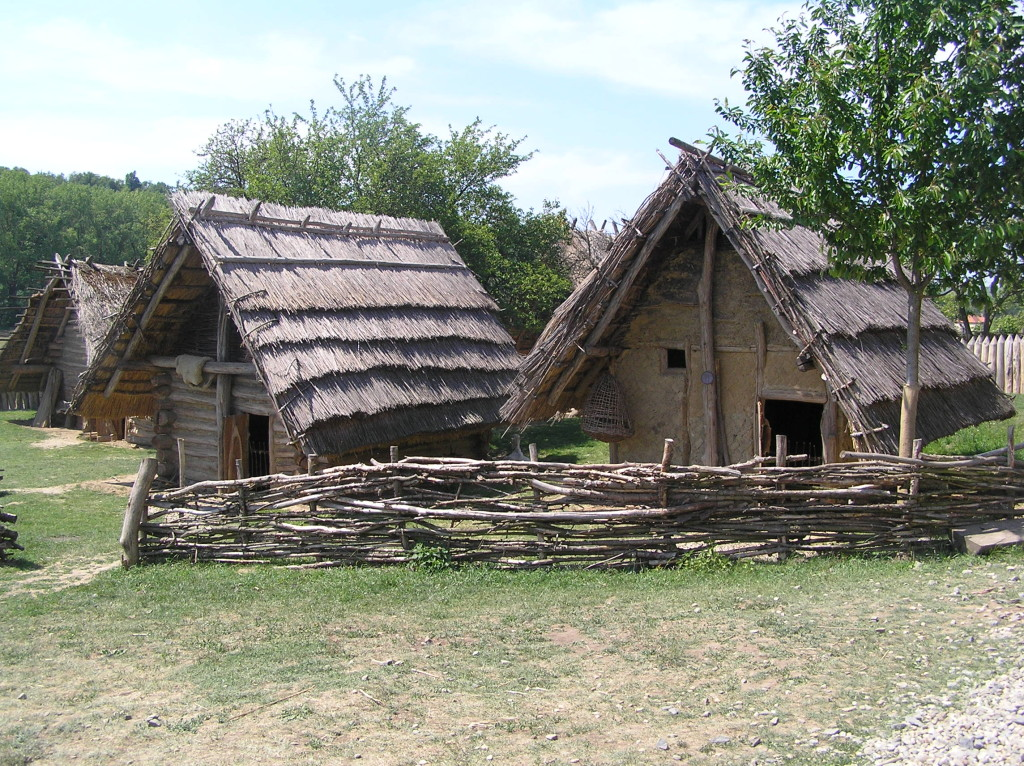 Archeoskansen Modrá koło Velehradu-rekonstrukcja wsi z okresu Państwa Wielkomorawskiego- IX wiek